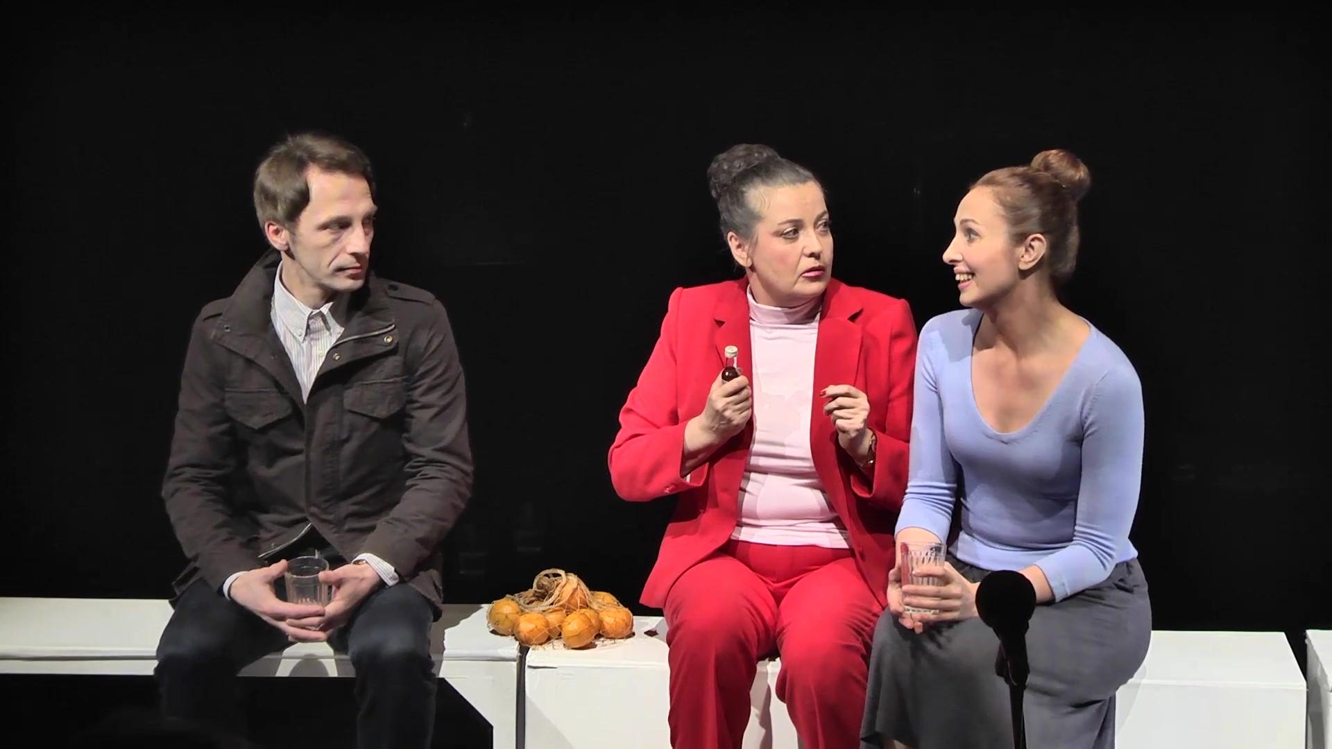 Андрей - Андрей Кондрашов, Лера - з.а.РФ Нина Бурдыгина, Екатерина - Марина Заланская